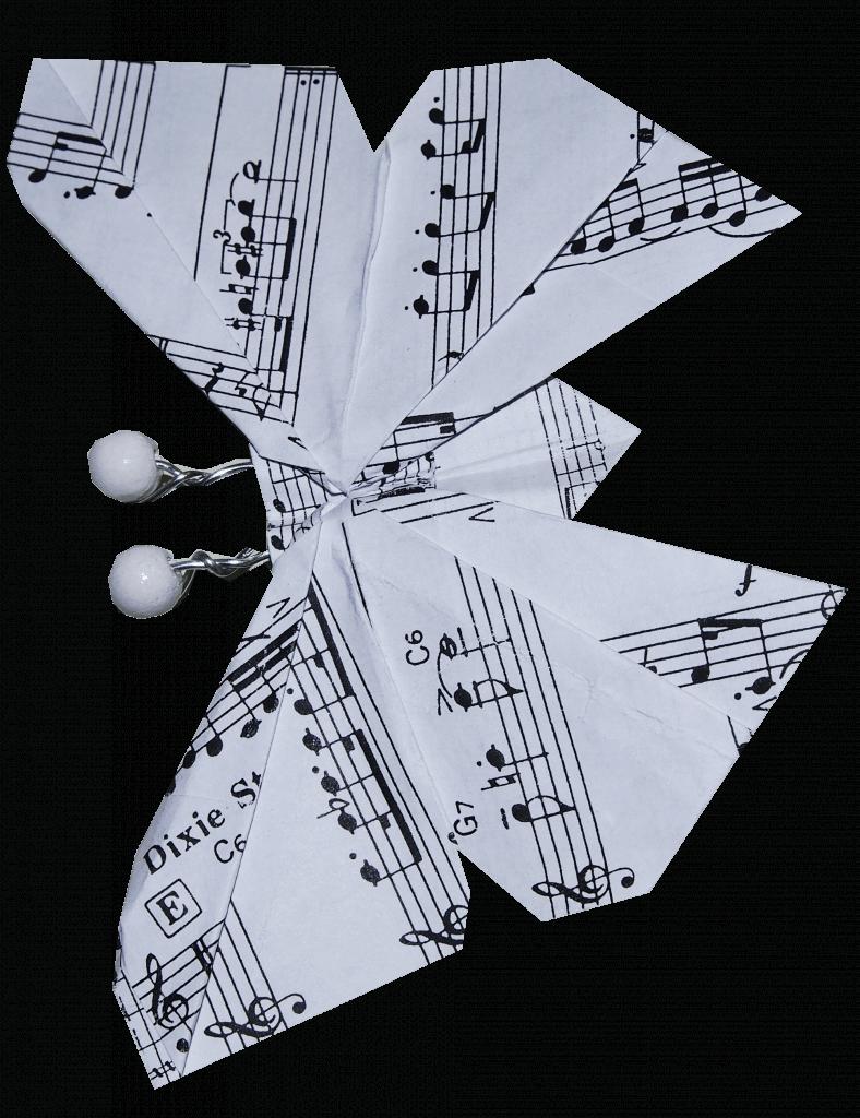 Notenfalter aus Papier geoeffent