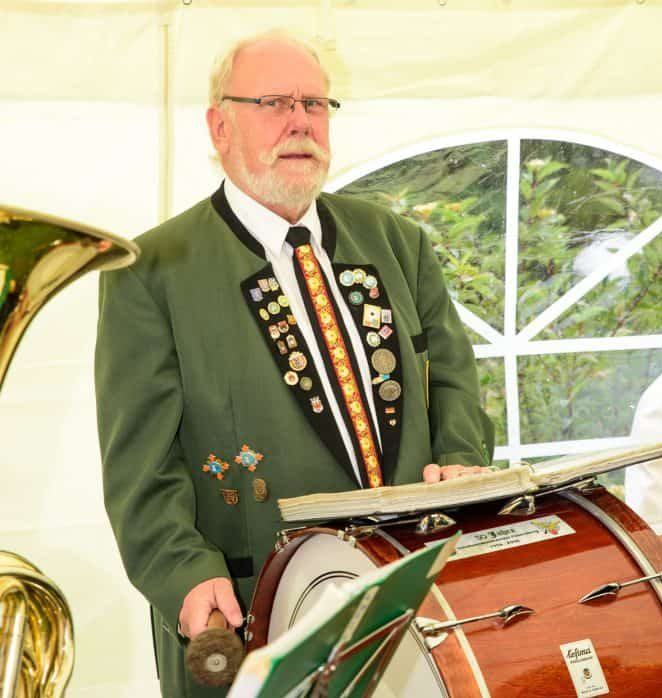 Felix Gaul beim Musizieren